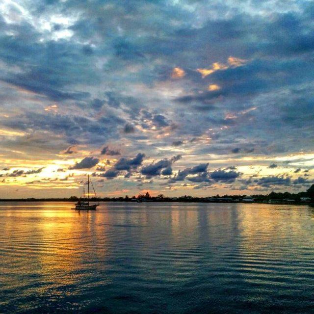 Utila adas rahat ortam ve ok uygun fiyatlarla dal imkanhellip