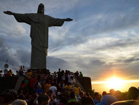 Borca harca girin ama yine de gelin buraya: Rio de Janeiro